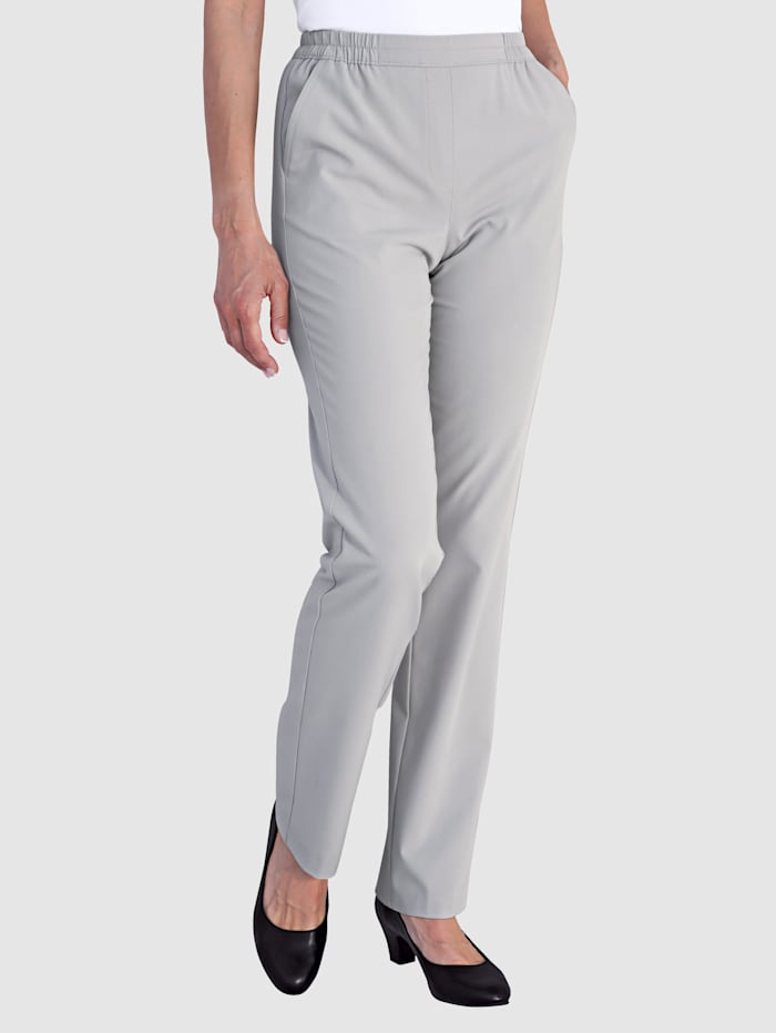 Trousers Flattering fit