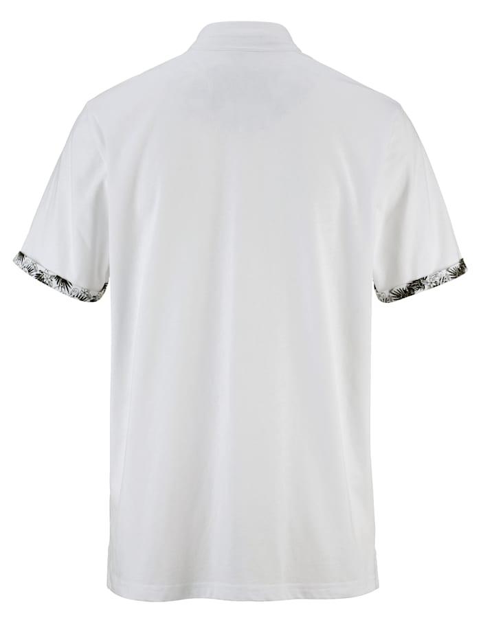 Tričko s moderným stojatým golierom
