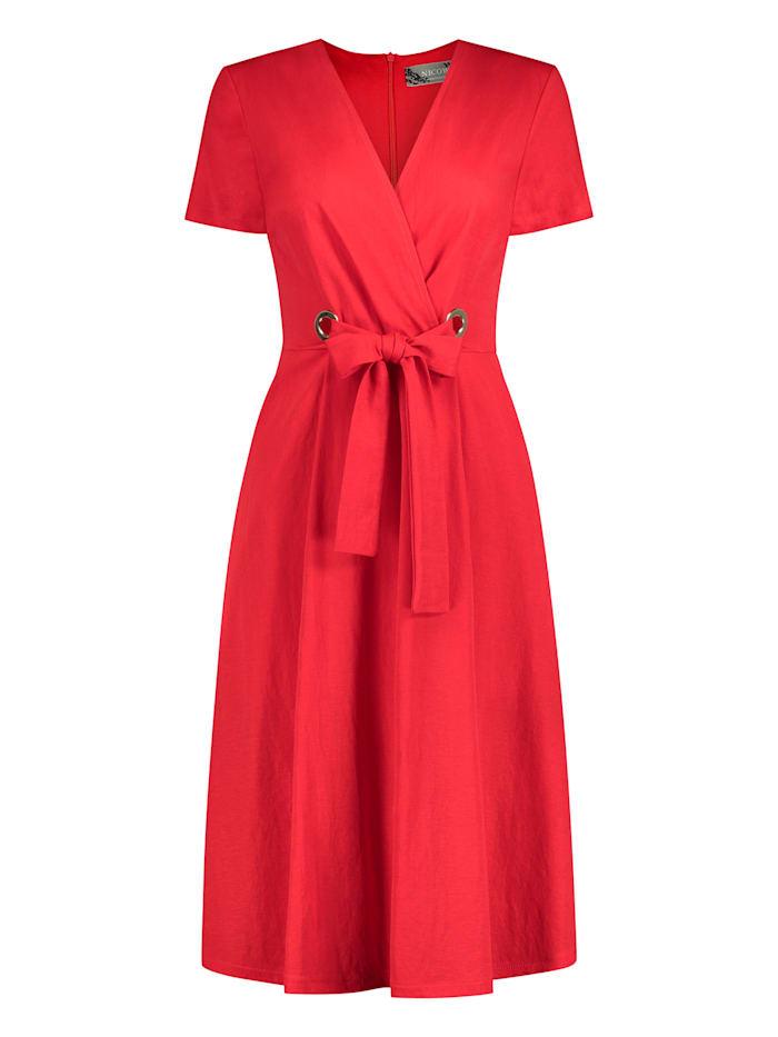 Nicowa Ausgestelltes Kleid ANICEN mit raffinierter Taille, RED