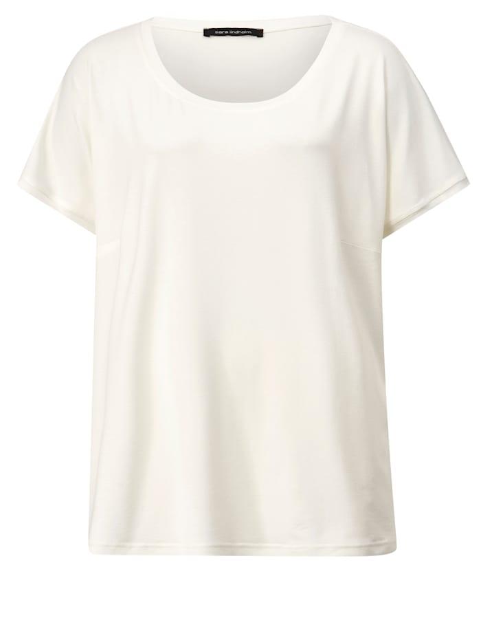 Shirt lässig geschnitten