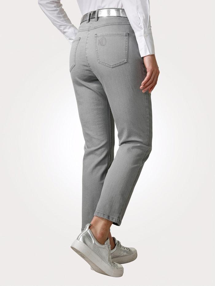 Jeans in sportiver 5-Pocket-Form
