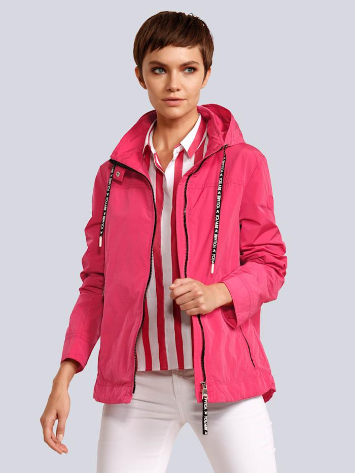 Jacke für die Übergangszeit geeignet