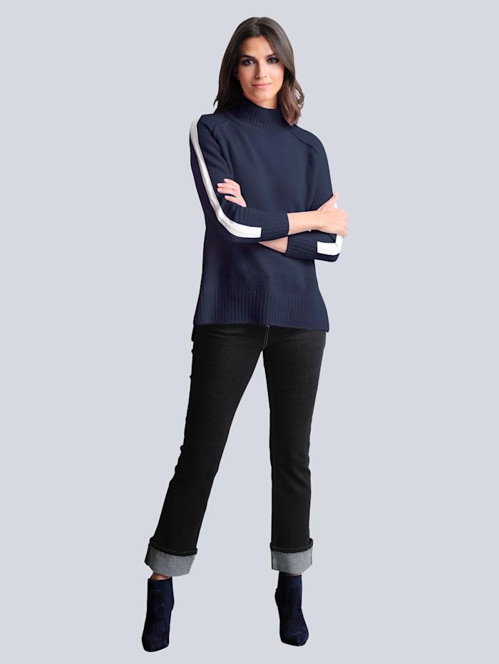 Jeans mit Turn-Up Funktion am Saum