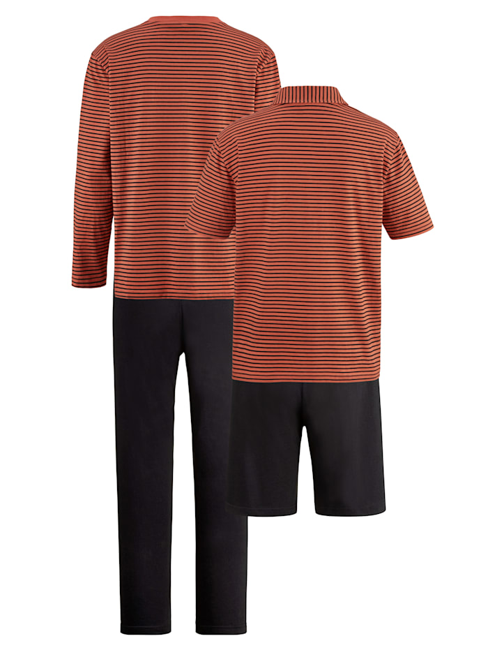 Set met pyjama en shortama