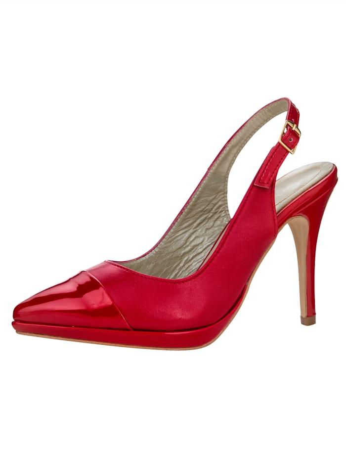 Sandaletter i kvinnlig modell, Röd