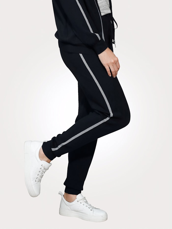 Trousers with contrast side stripes