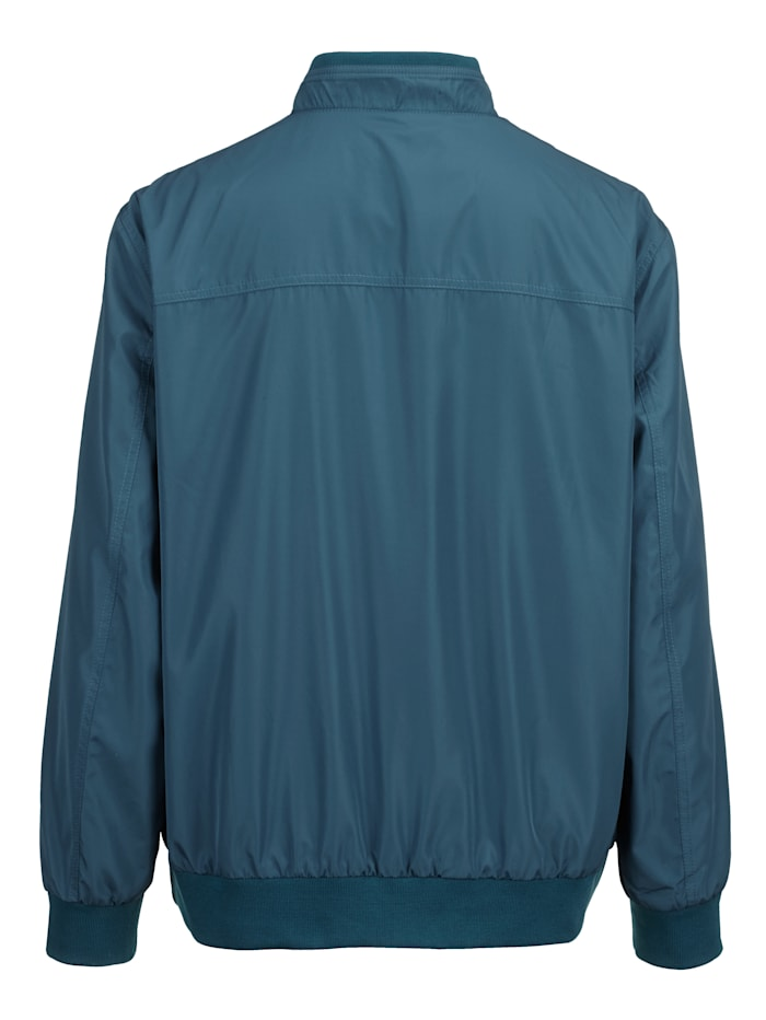 Bluzón so stojatým golierom