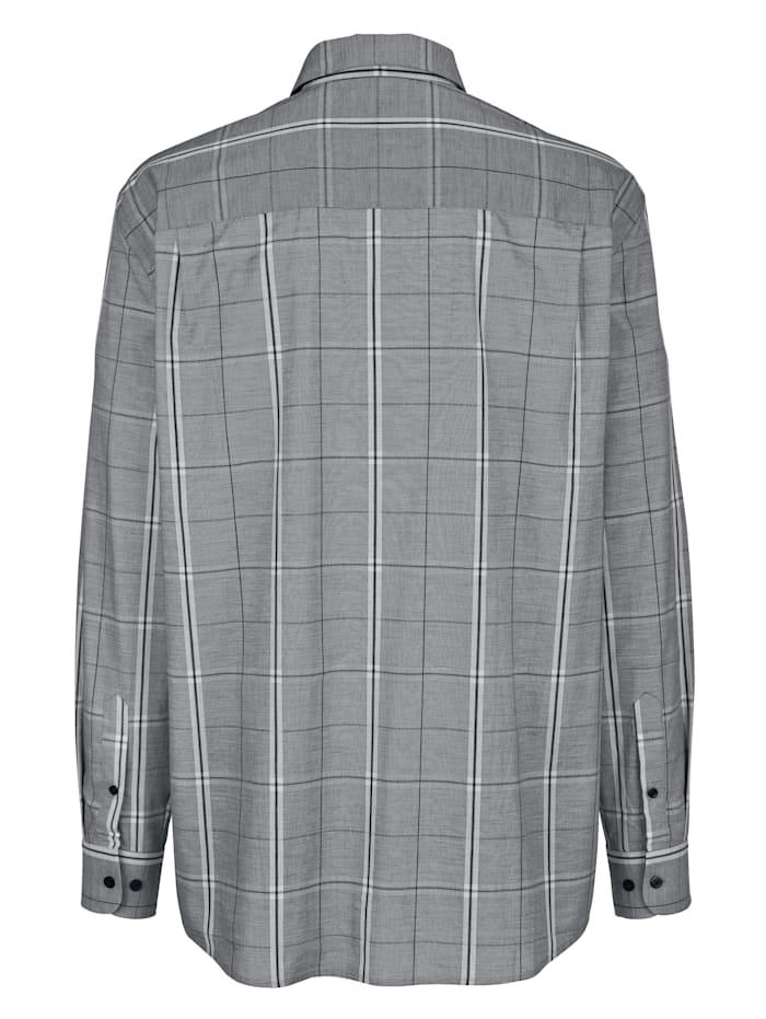 Košeľa s moderným károvaným vzorom