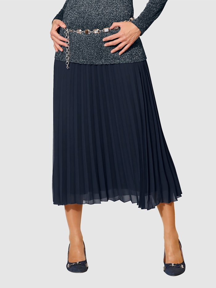 Pleated Skirt Made from soft chiffon