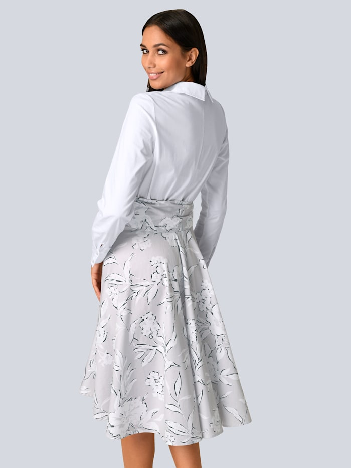 Kleid mit Hemdblusenkragen