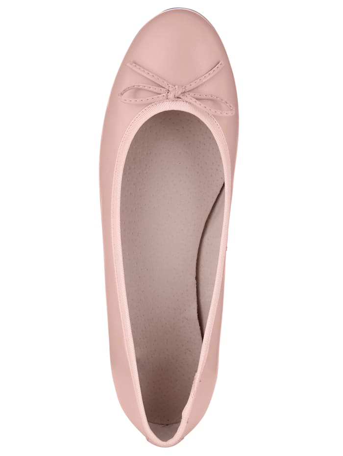 Ballet Court shoes made from soft Nappa leather