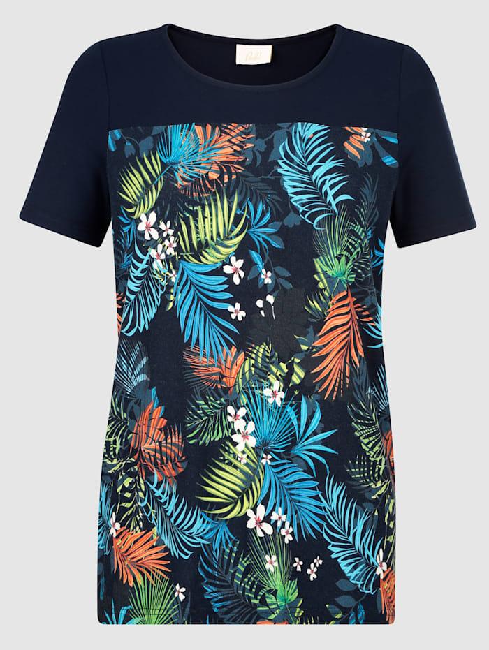 Shirt im modischen Druckdessin