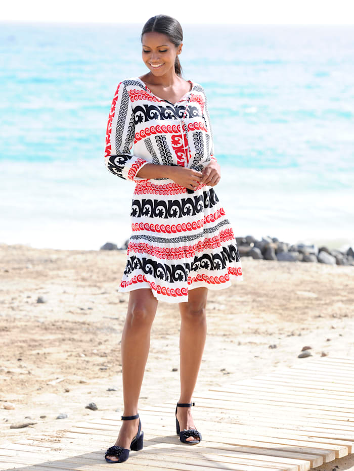 Alba Moda Strandkleid mit Ornamentdruck, Weiß-Rot-Schwarz