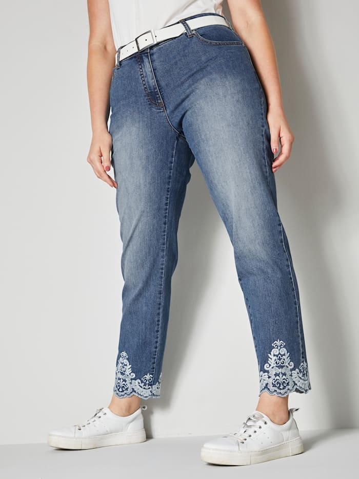 Sara Lindholm Jeans mit Stickerei am Saum, Blau
