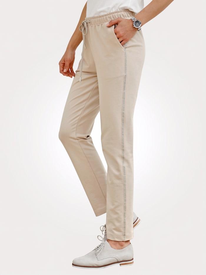 Leisure trousers with rhinestone embellishments