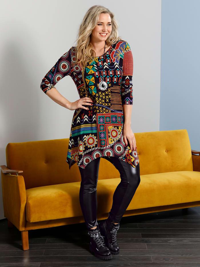 T-shirt asymétrique en superbes coloris