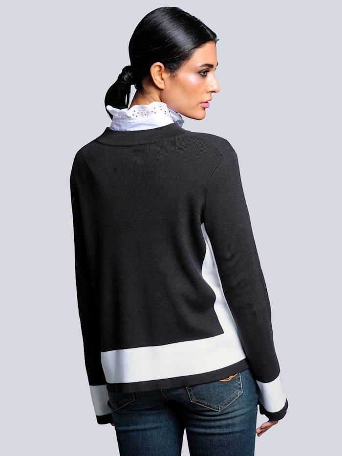 Pullover mit kontrasfarbigen Blenden