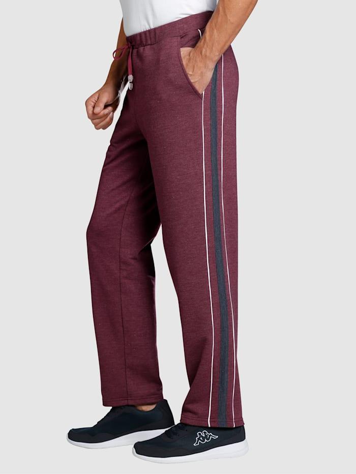 Športové nohavice s kontrastným lemom na bokoch