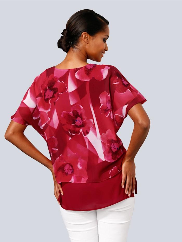 Blusenshirt in modischem Lagen-Look