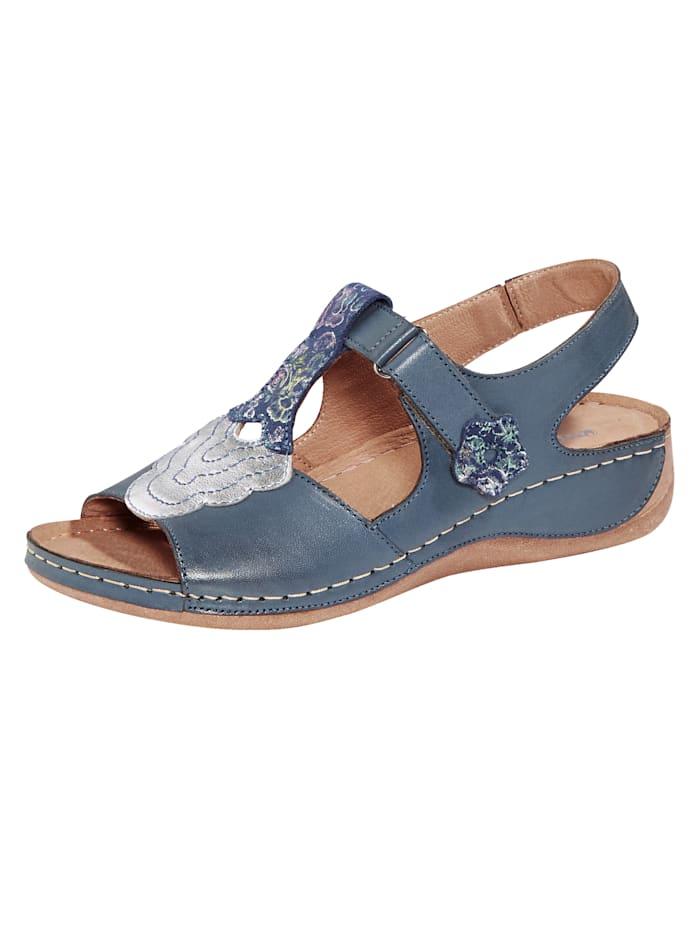 Sandale in maritimer Optik