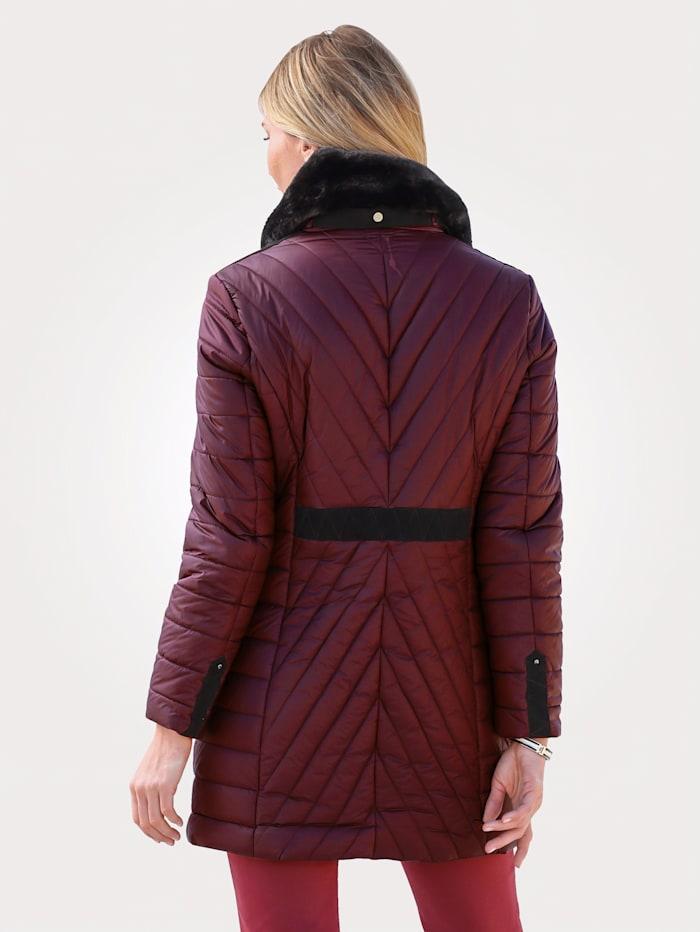 Gewatteerde jas met afneembaar imitatiebont