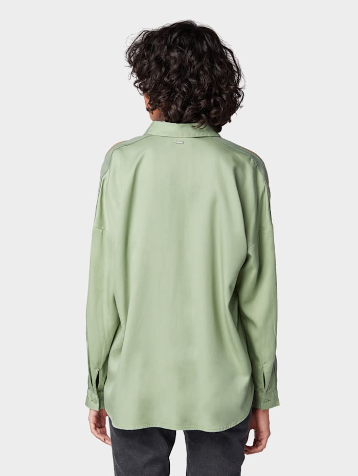 Oversized Bluse mit Tape-Detail