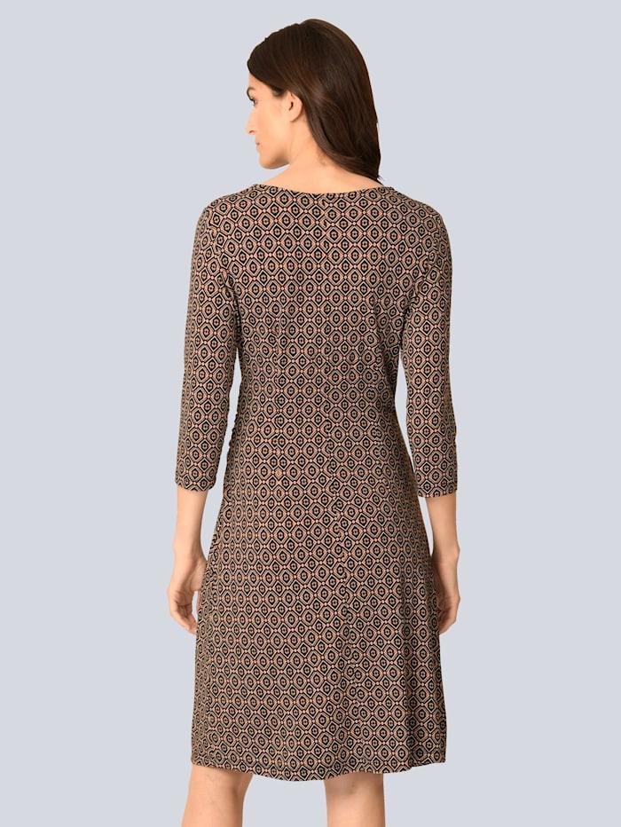 Kleid mit femininer Raffung in der Taille
