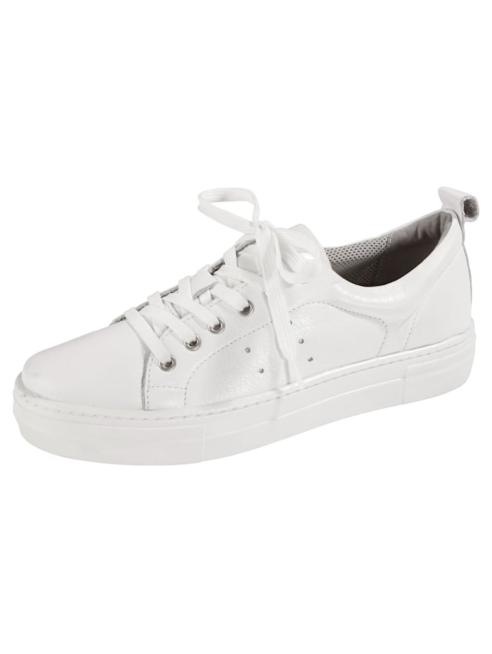 Liva Loop Platform trainers in a stylish design, White