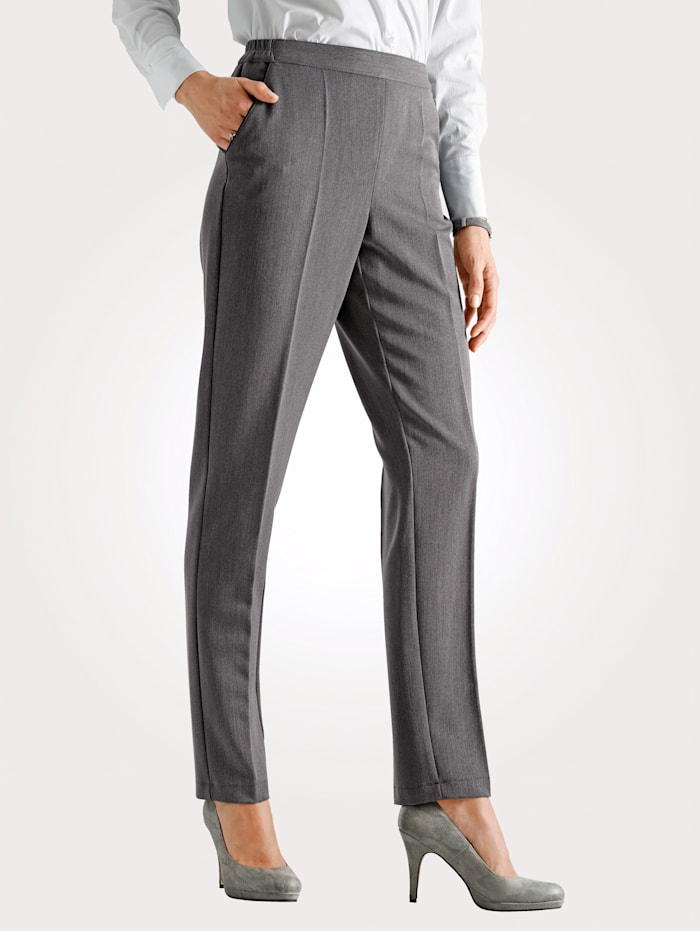 Pull-on trousers with blended yarn