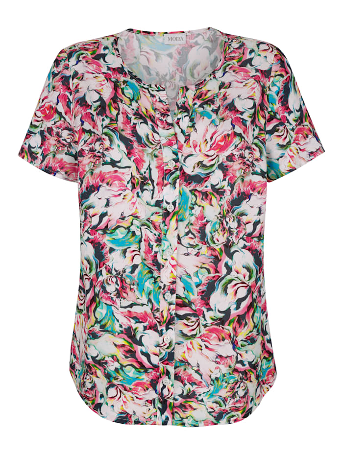 Blouse with V-cutout