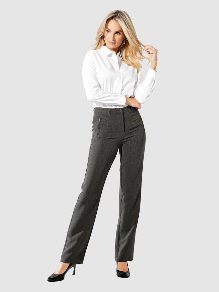 Kalhoty v cestovní kvalitě bez žehlení