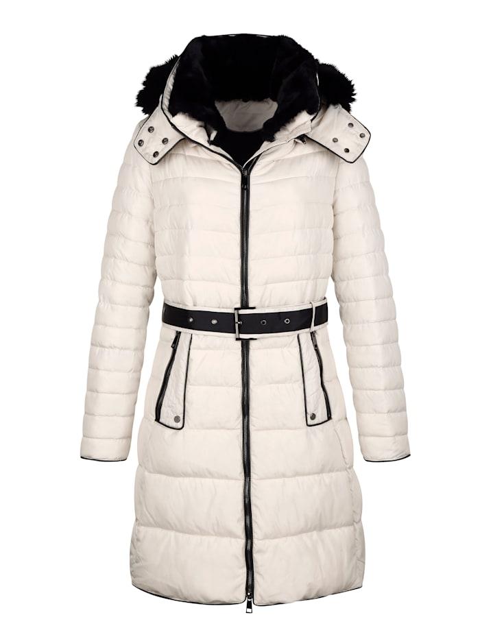 Mantel im modischen Querstepp in unterschiedlichen Breiten