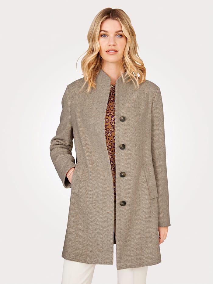 Mantel mit breiten Leistentaschen