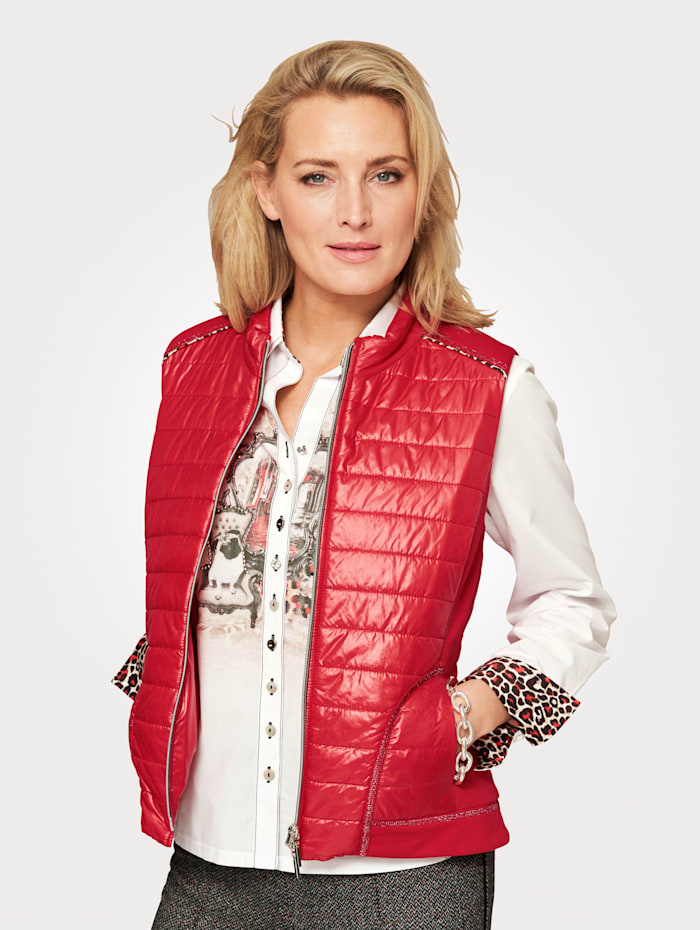 Just White Padded Gilet With flattering jersey inserts, Red/Beige