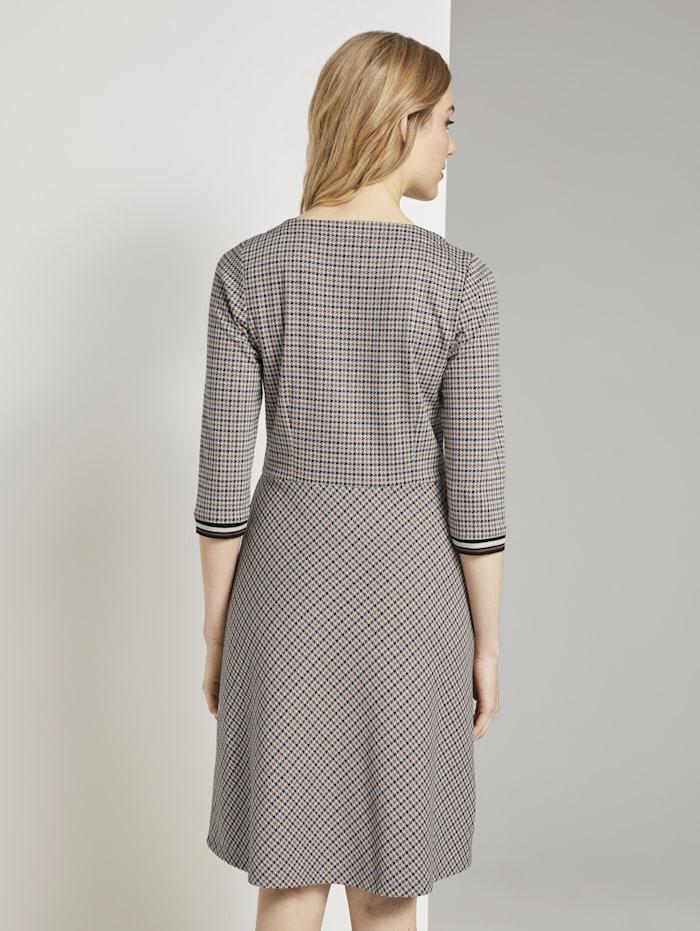 Kariertes Jersey-Kleid in A-Linie