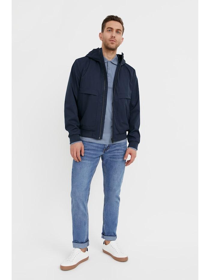 Leichte Jacke - mit warmer Kapuze