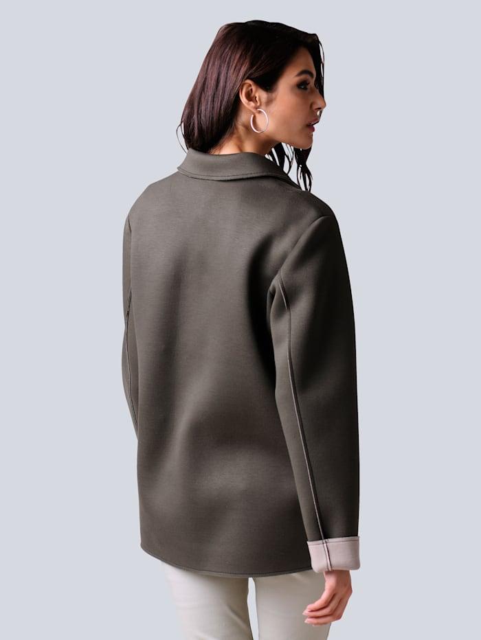 Jacke in modischer Shacketform
