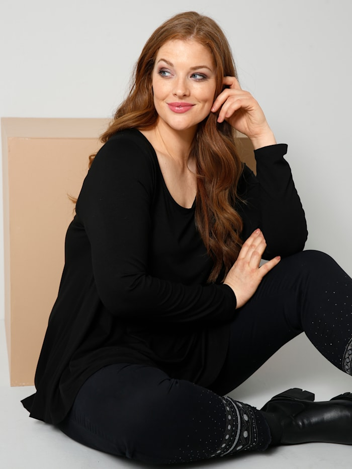 Sara Lindholm Shirt in A-Shape, Schwarz