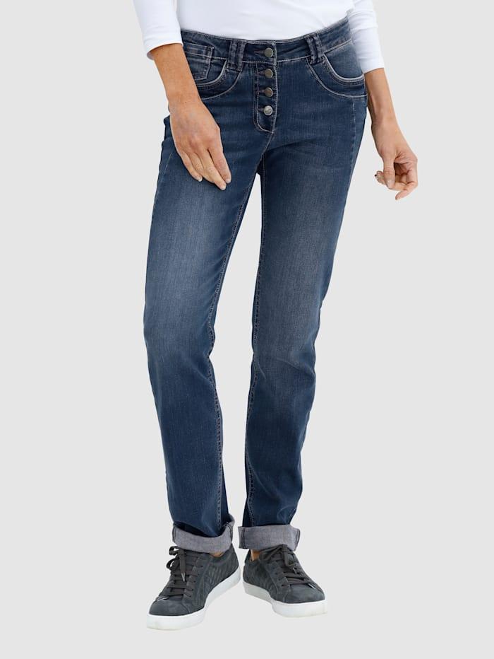 Jeans in Laura Slim model