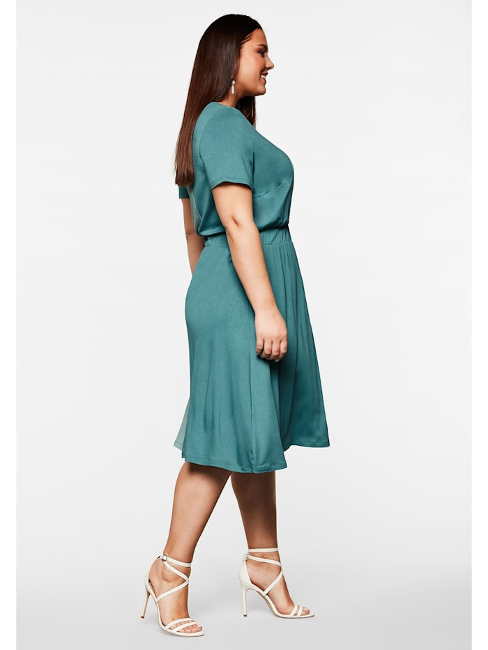 Sheego Kleid in Wickeloptik mit Kontraststreifen