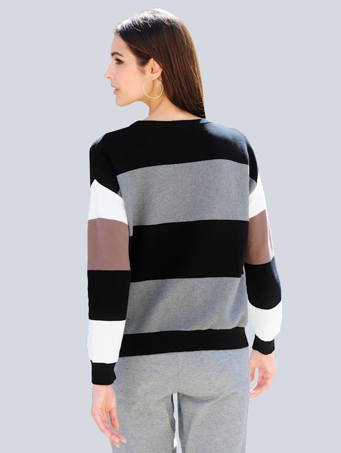 Pullover allover im Streifen-Dessin