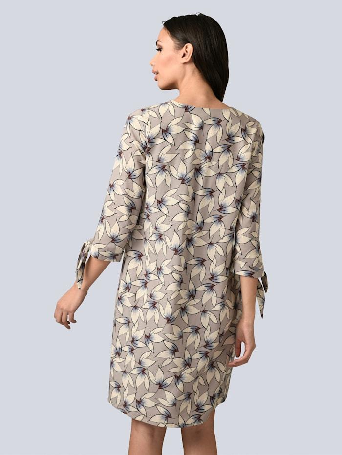 Kleid mit dekorativen Schleifen am Ärmelsaum