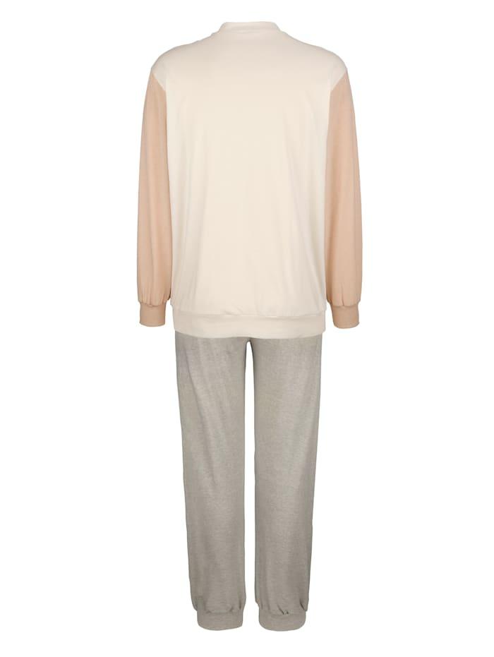 Pyžama z farebne pestovanej bavlny