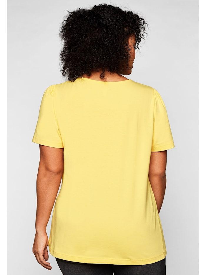 Sheego T-Shirt mit leichten Puffärmeln und kurzer Knopfleiste