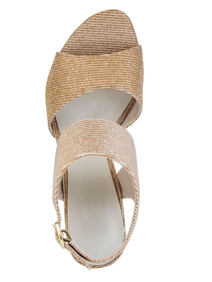 Sandale in schimmernder Optik