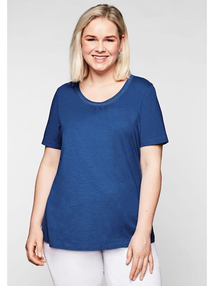Sheego T-Shirt mit Raffung und Häkelspitze, royalblau