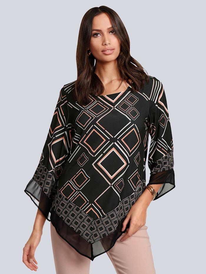 Shirt im asymmetrischem Look