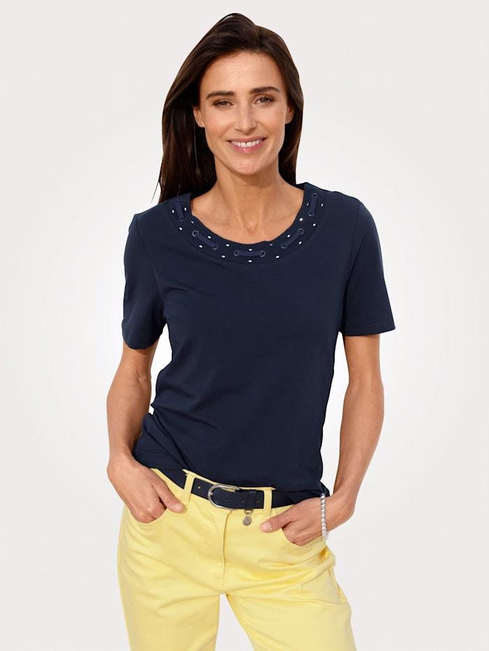 MONA Shirt mit aufwendiger Zier am Ausschnitt, Marineblau