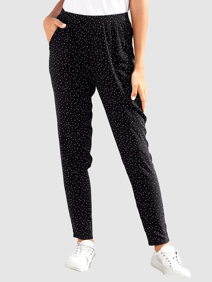 basically you Pantalon 7/8 de coupe Sandra Slim, Noir