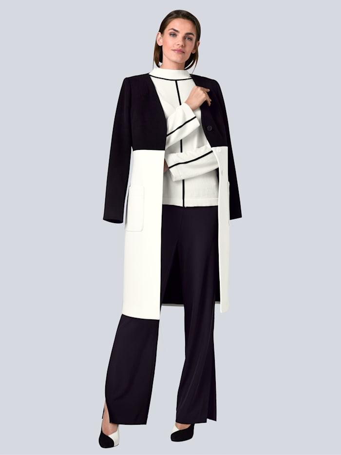Mantel in schönem Colourblocking-Dessin